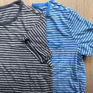 2 Tees - Old Navy Stripe Short Sleeve T-Shirts